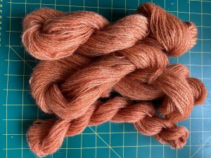 Madder dyed corriedale yarn